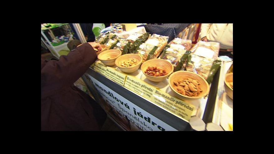 Video Ekonomika ČT24: Přísnější kontroly farmářských trhů