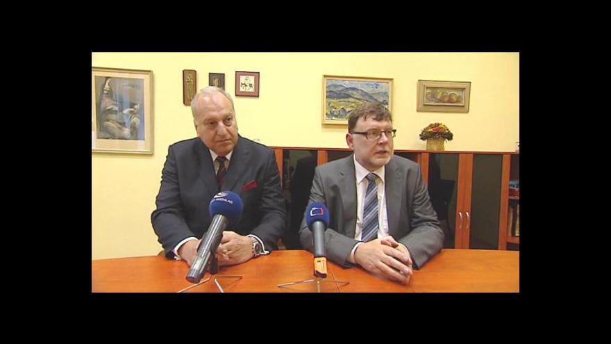 Video Tisková konfrence Evžena Tošenovského a Zbyňka Stanjury
