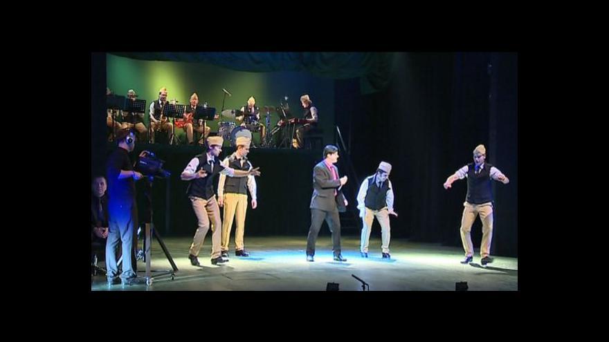 Video NO COMMENT: Premiéra muzikálu ve Slováckém divadle