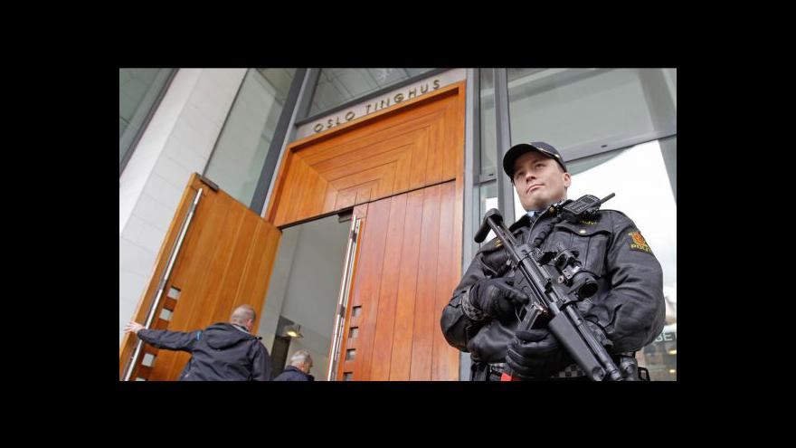 Video Zprávy v 16:00 k soudu s Breivikem