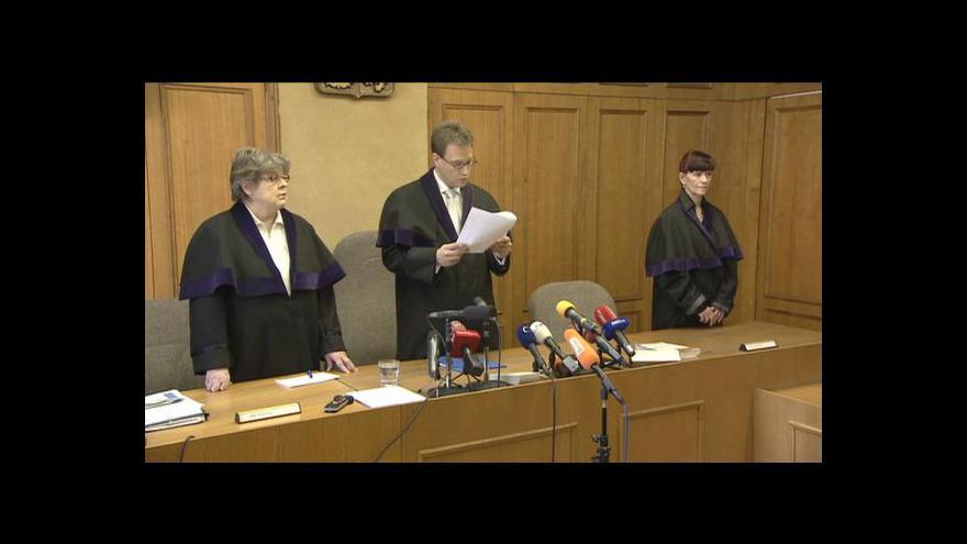 Video Události: Bárta a Škárka si vyslechli rozsudek