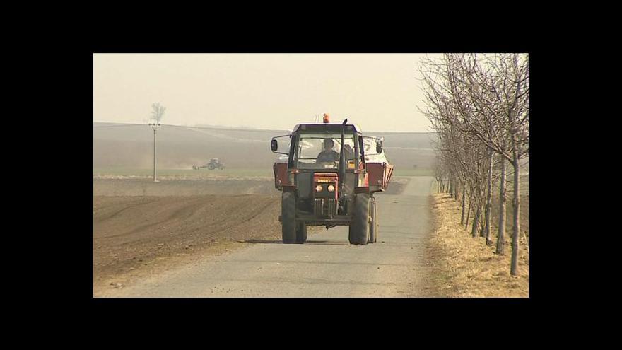 Video Zemědělci se bouří proti zrušení podpory zelené nafty