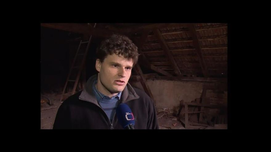 Video Statik Karel Pinkas popisuje závady střechy