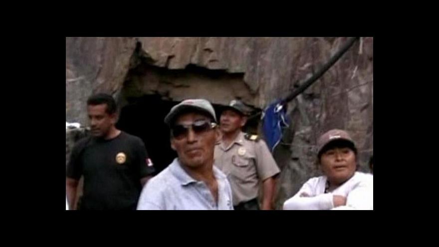 Video V peruánském dole uvízlo devět horníků