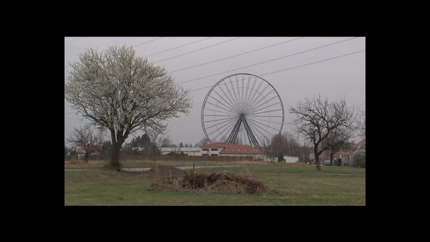Video No comment: Ruské kolo v Újezdu u Brna