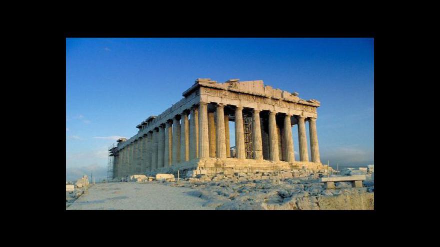 Video Malý chlapec má plán na záchranu Řecka