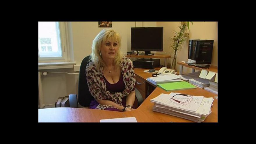 Video Státní zástupkyně Eva Žďárská o podvodech s nemovitostmi