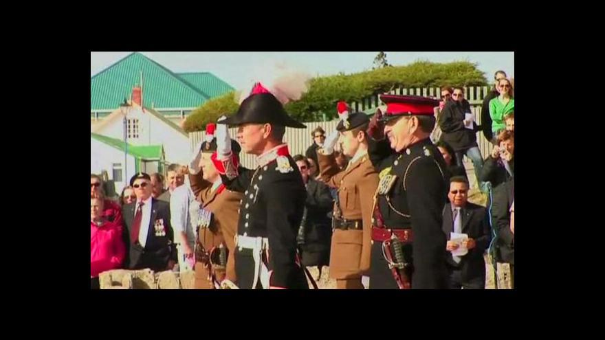 Video Na Falklandech si připomněli výročí začátku války