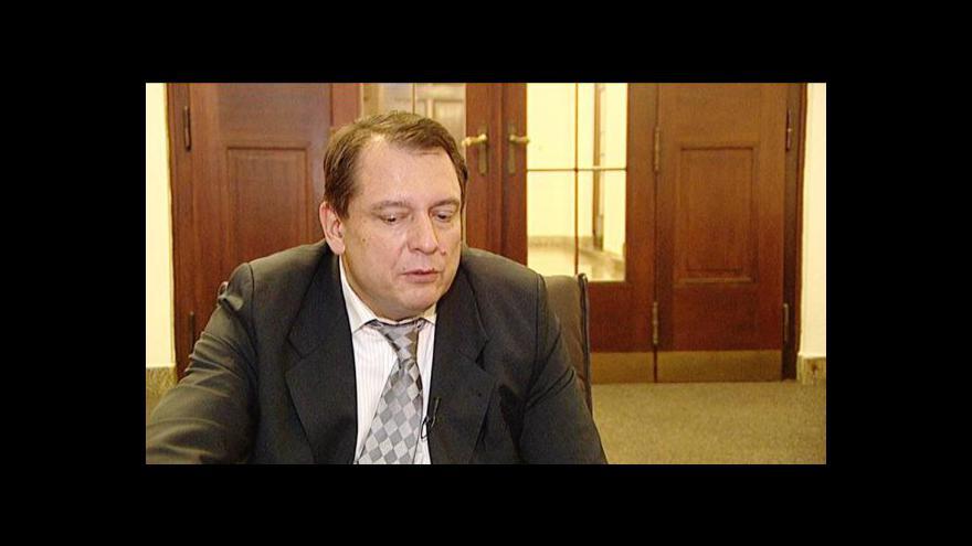 Video Komentář Jiřího Paroubka