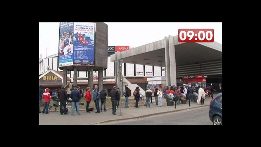 Video Fanoušci zaplavili stadion Komety