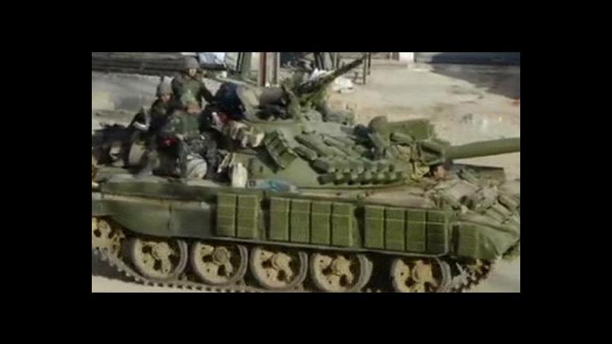 Video Syrská vláda přistoupila na Annanův plán