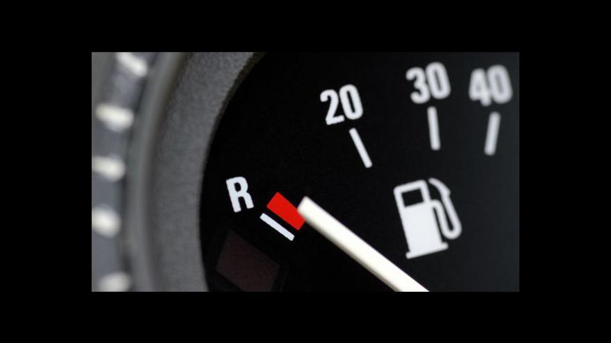 Video Benzín má zase nové rekordy