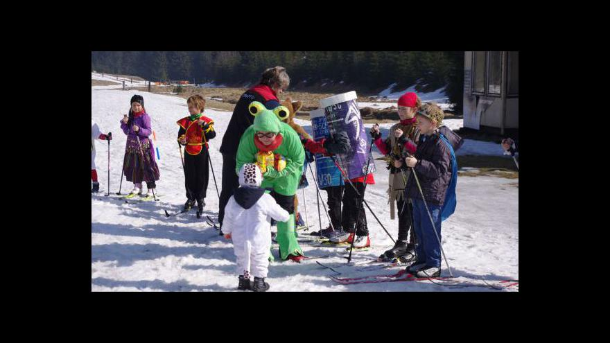 Video Karnevalové rozloučení se zimou