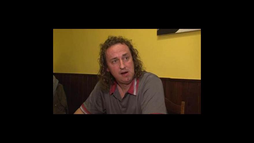 Video Napadený fanoušek Dean Gale popisuje incident na zápase brněnské Zbrojovky