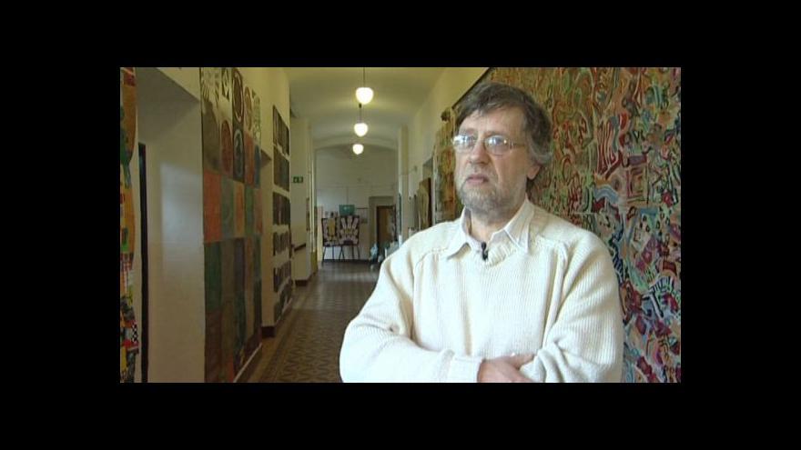 Video Zakladatel gymnázia František Pospíšil o dluhopisech