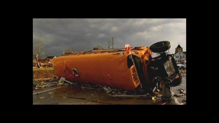 Video No comment: Tornádo v Henryville
