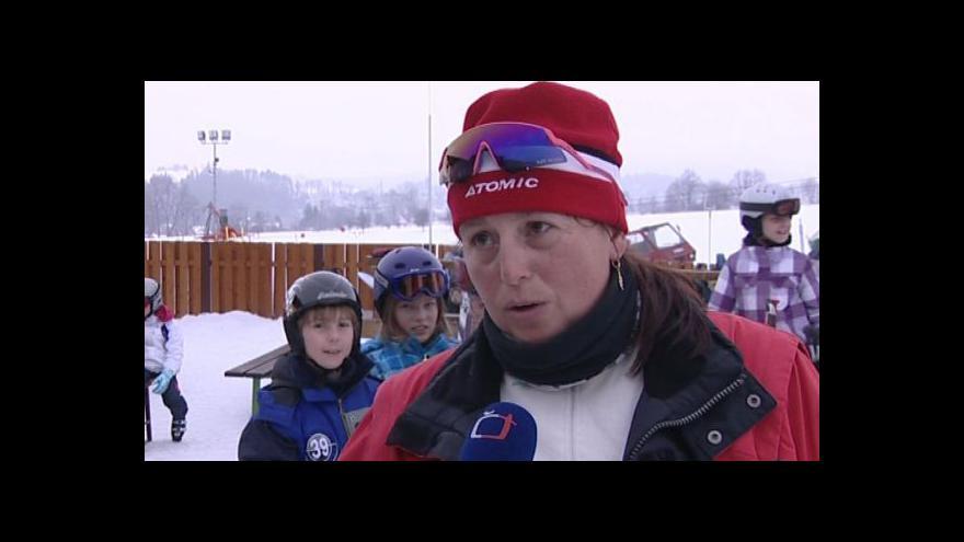 Video Vedoucí lyžařského kurzu dětí z Brna-Tuřan Renata Vlčková o lyžování v Olešnici