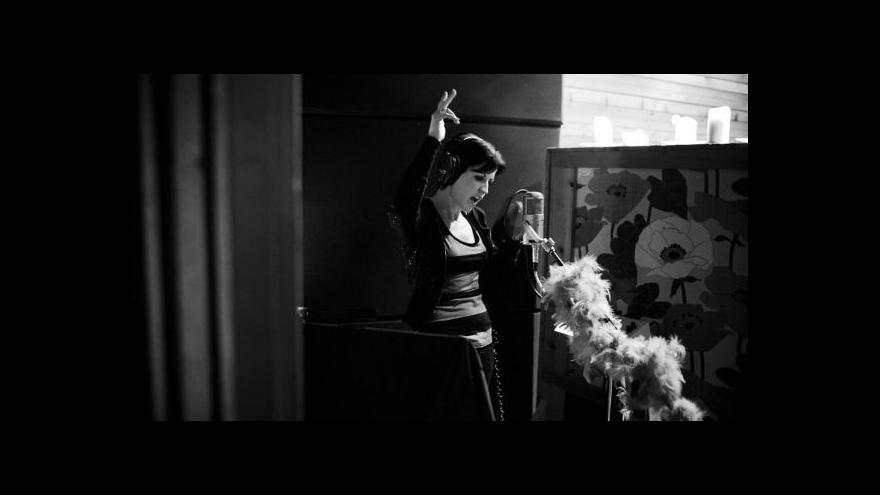 Video Jana Komárková k novému albu Cranberries