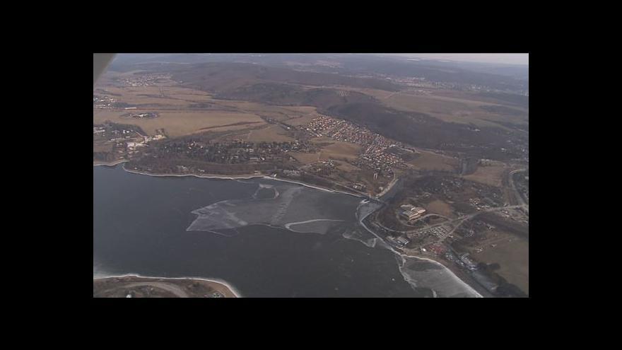 Video NO COMMENT: Letecký pohled na Brněnskou přehradu