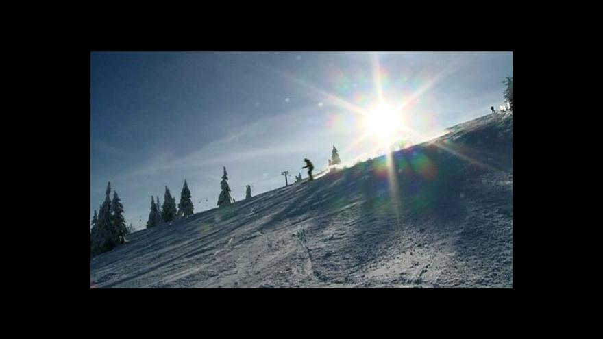 Video Zimní triatlon u Pilské nádrže na Žďársku