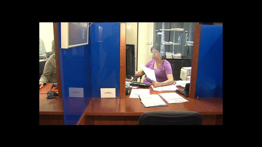 Video Perný víkend na úřadech práce