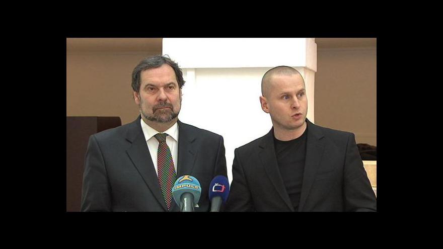 Video Brífink VV o trestním oznámení kvůli D47