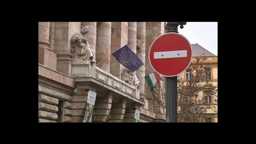 Video Orbán se sejde s Barrosem kvůli ústavě
