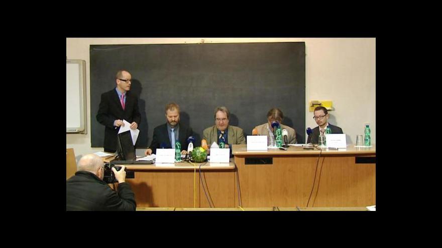 Video Tisková konference UK