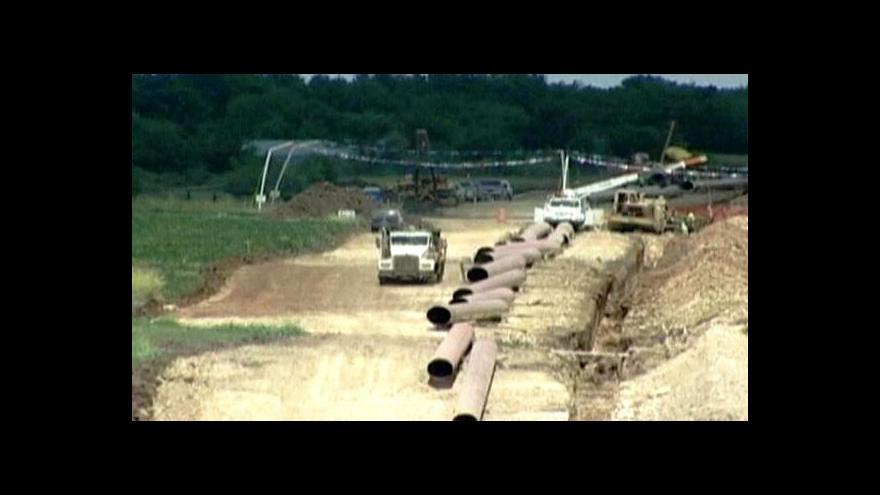 Video Obama zarazil výstavbu obřího ropovodu
