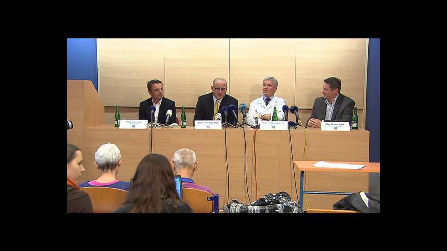 Video Brífink k výměně vadných prsních implantátů