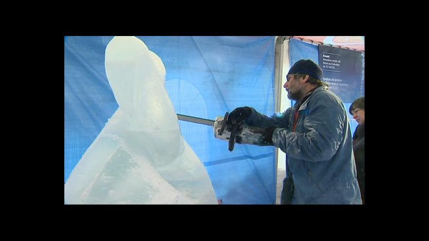 Video NO COMMENT: Sněhové sympozium na Pustevnách