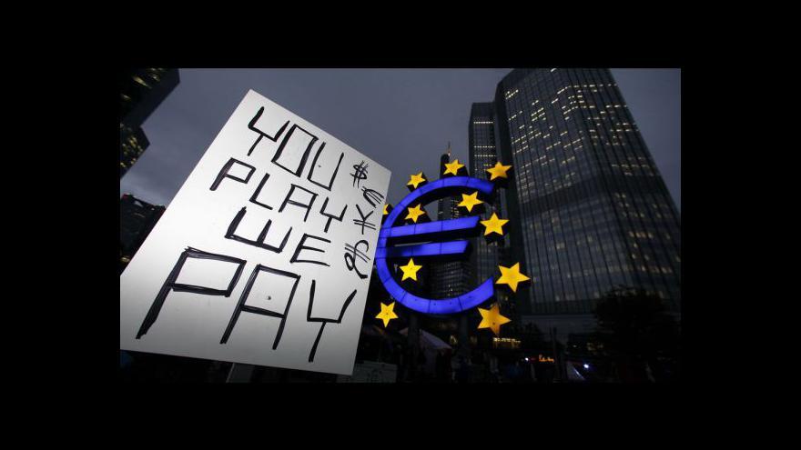 Video Reakce politiků a ekonomů na snížení ratingu