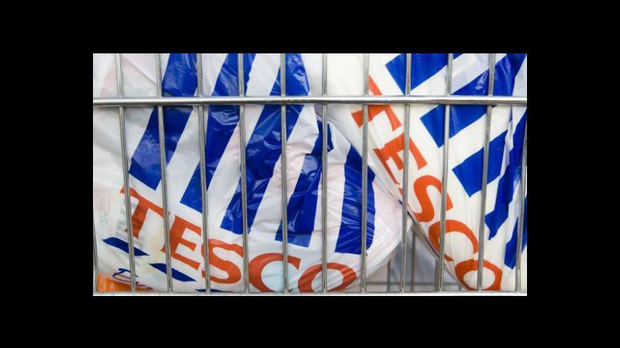 Video Tesco má v Británii problém s tržbami