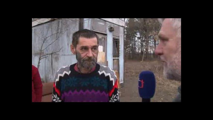 Video Antonín Vrba se ptá bezdomovců na jejich vztah k práci