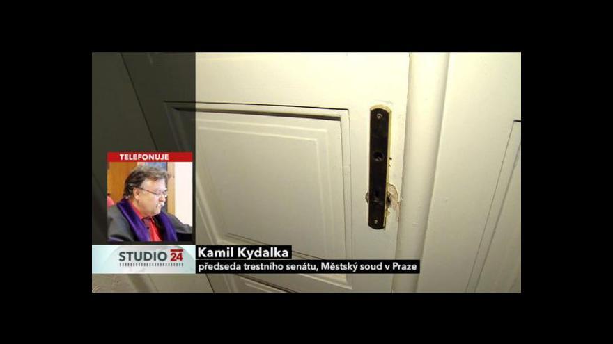 Video Soudce Kamil Kydalka a advokát David Strupek