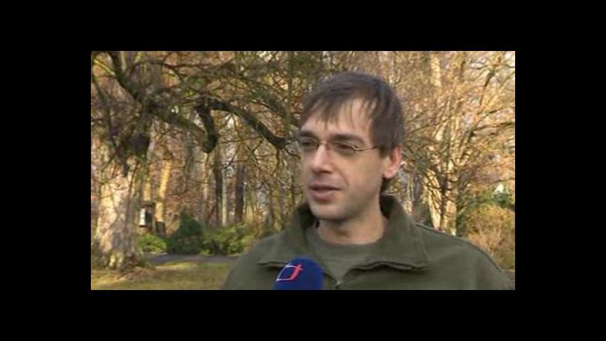 Video Zoolog ze Zoo Zlín Pavel Shromáždil o vlivu teplé zimy na zvířata