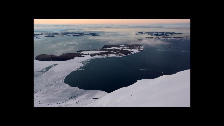 Video NO COMMENT: Antarktická expedice vědců z Masarykovy univerzity (archivní záběry)