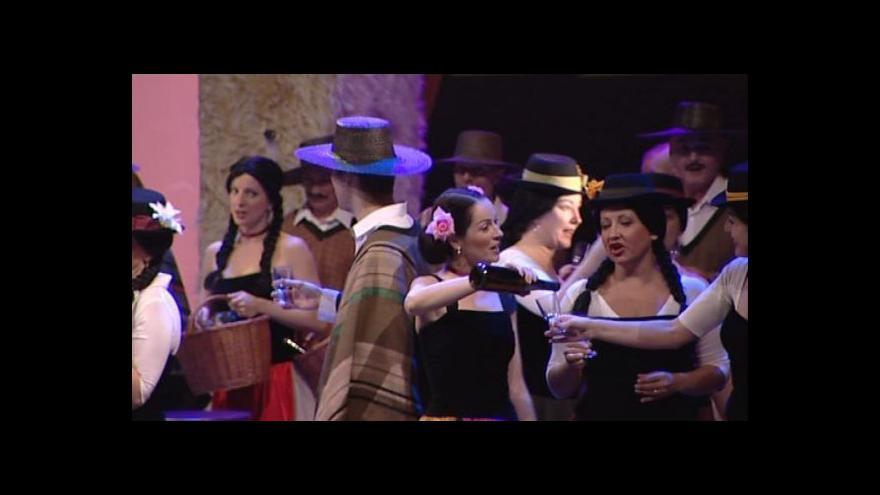 Video NO COMMENT: Opereta Perikola