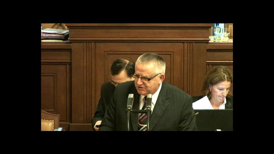 Video Projev poslance Krátkého a reakce premiéra Nečase