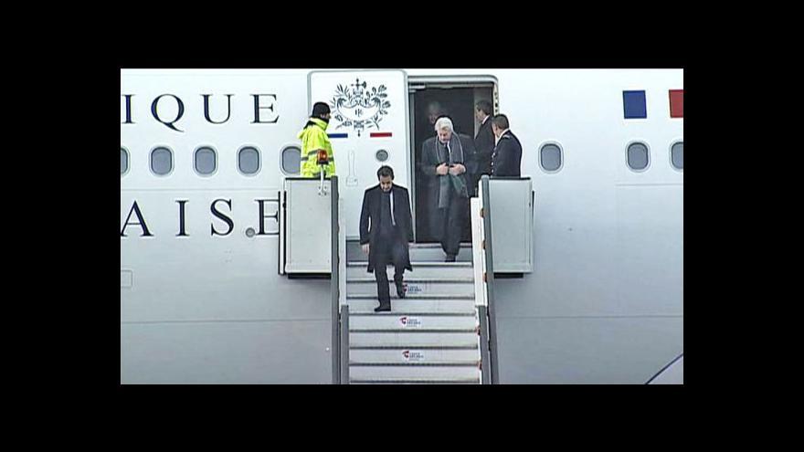 Video S Václavem Havlem se přijelo rozloučit 41 zahraničních delegací