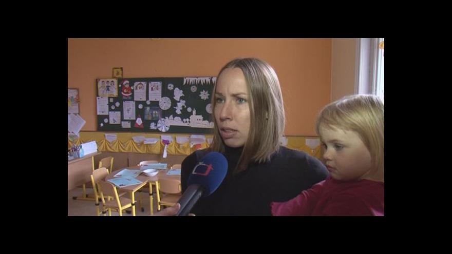 Video Názory rodičů, jejichž děti chodí do Arnoldovy vily