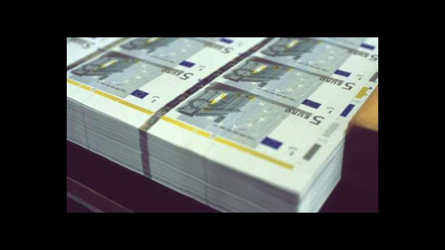 Video Eurozóna bojuje o přežití