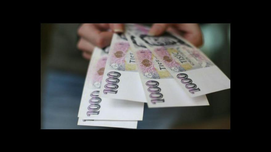 Video Česká koruna jako na houpačce