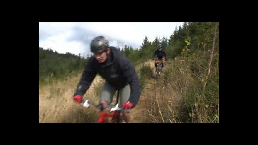 Video Kolem Bečvy si užívají i adrenalinoví sběračí zážitků