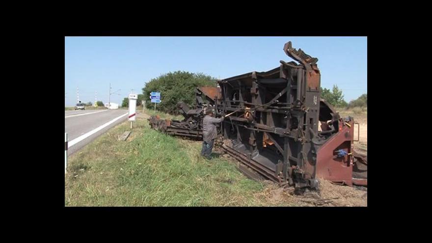 Video Zbytky vagónů po havárii definitivně zmizí