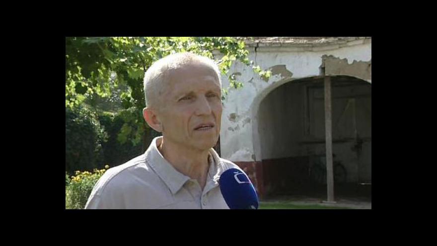 Video Zástupce majitelů Karel Pavlíček o špatném stavu domu