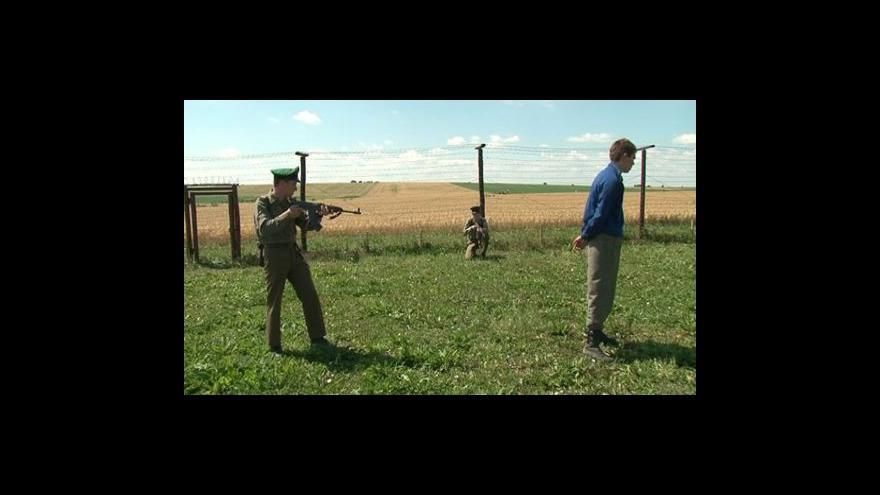 Video NO COMMENT: Bunkr v Šatově obsadili nadšenci do vojenské a policejní historie