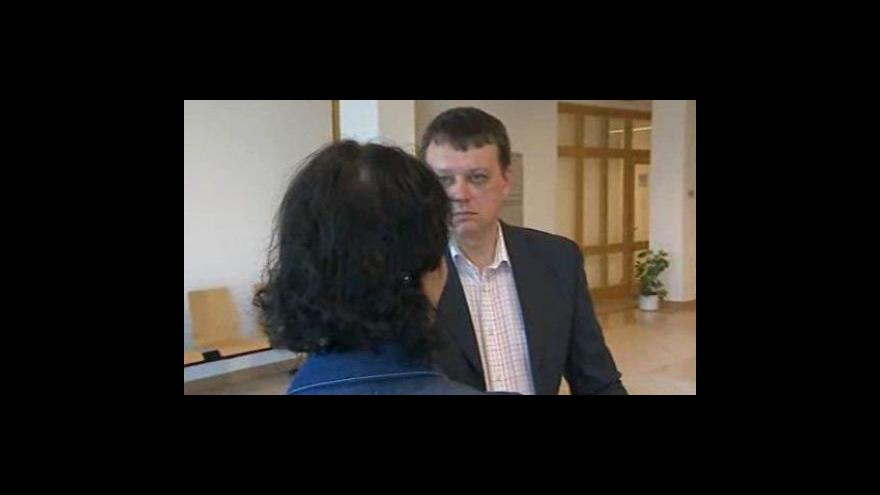 Video Rozhovor redaktora ČT Luboše Dostála se sestrou matky