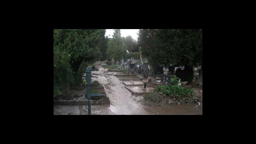 Video NO COMMENT: Následky přívalového deště v Hustopečích