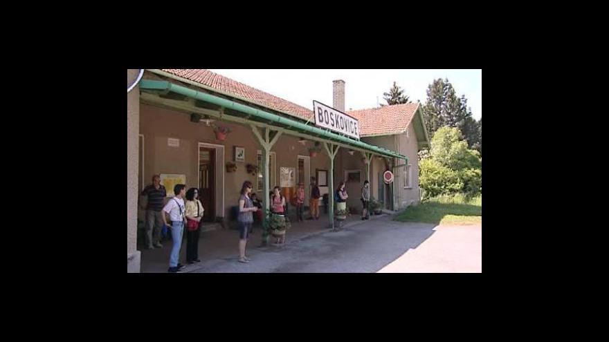 Video Výpravčí Anna Stará ke kuriozitě náhraží v Boskovicích